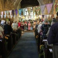 WI-aisle-church